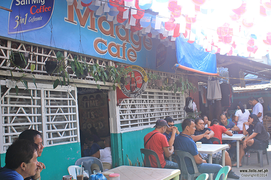Outdoor view of the coffee shop